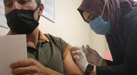 25 yaş üstü vatandaşlar aşı olmaya başladı
