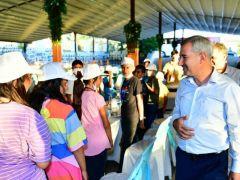 Başkan Çınar, Şanlıurfalı çocukları misafir etti